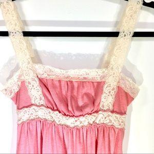 Pink/peach Abercrombie Tank-top w/ peach lacy trim